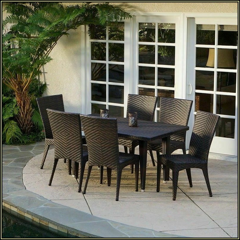 Brown Wicker Patio Furniture Set