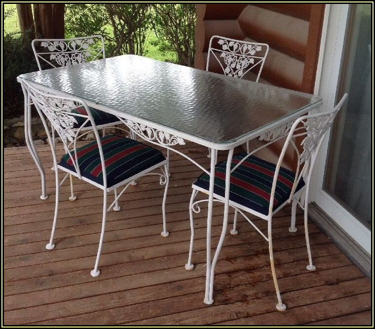 Mid Century Vintage Wrought Iron Patio Furniture