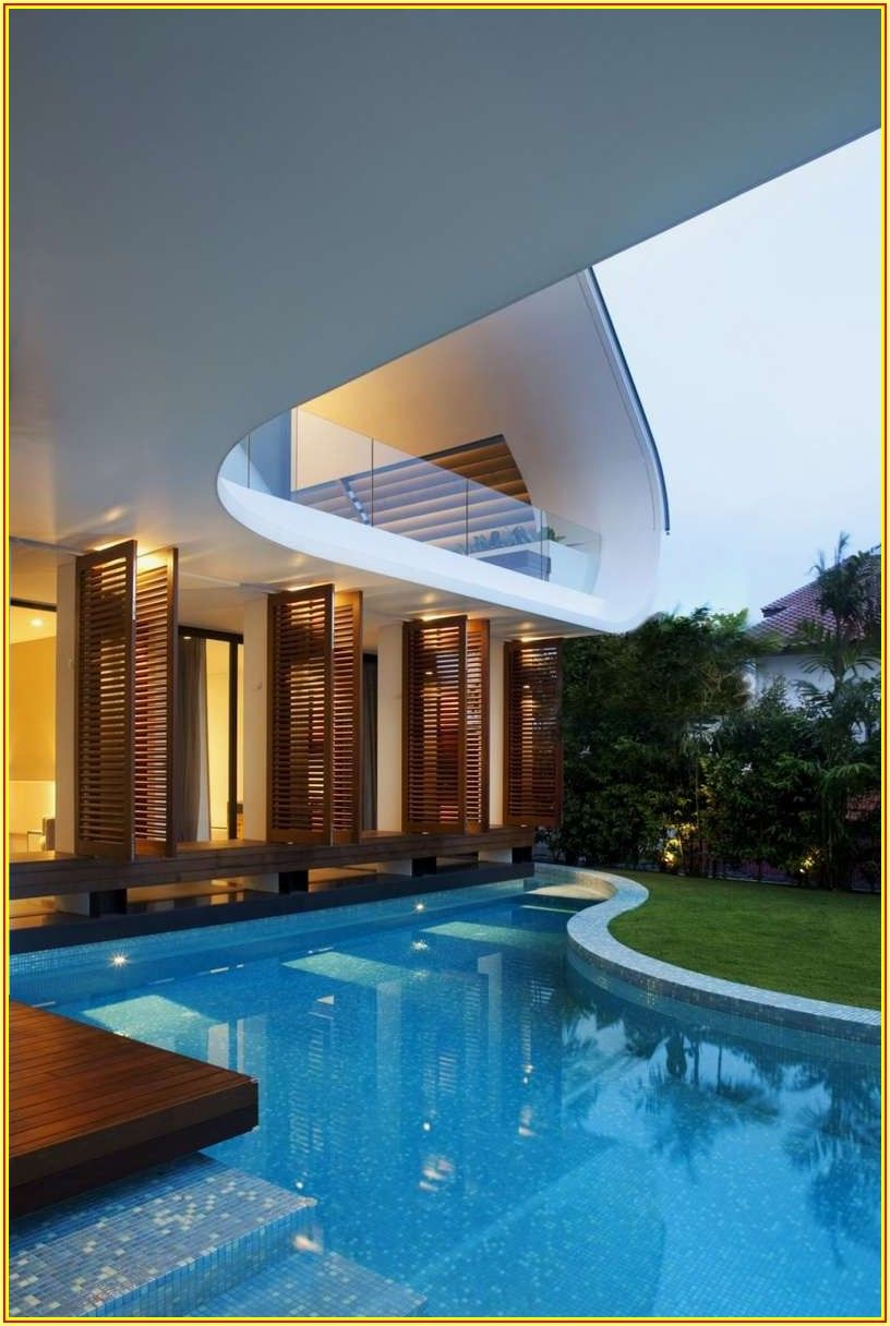 Ultra Modern Pool And Patio East