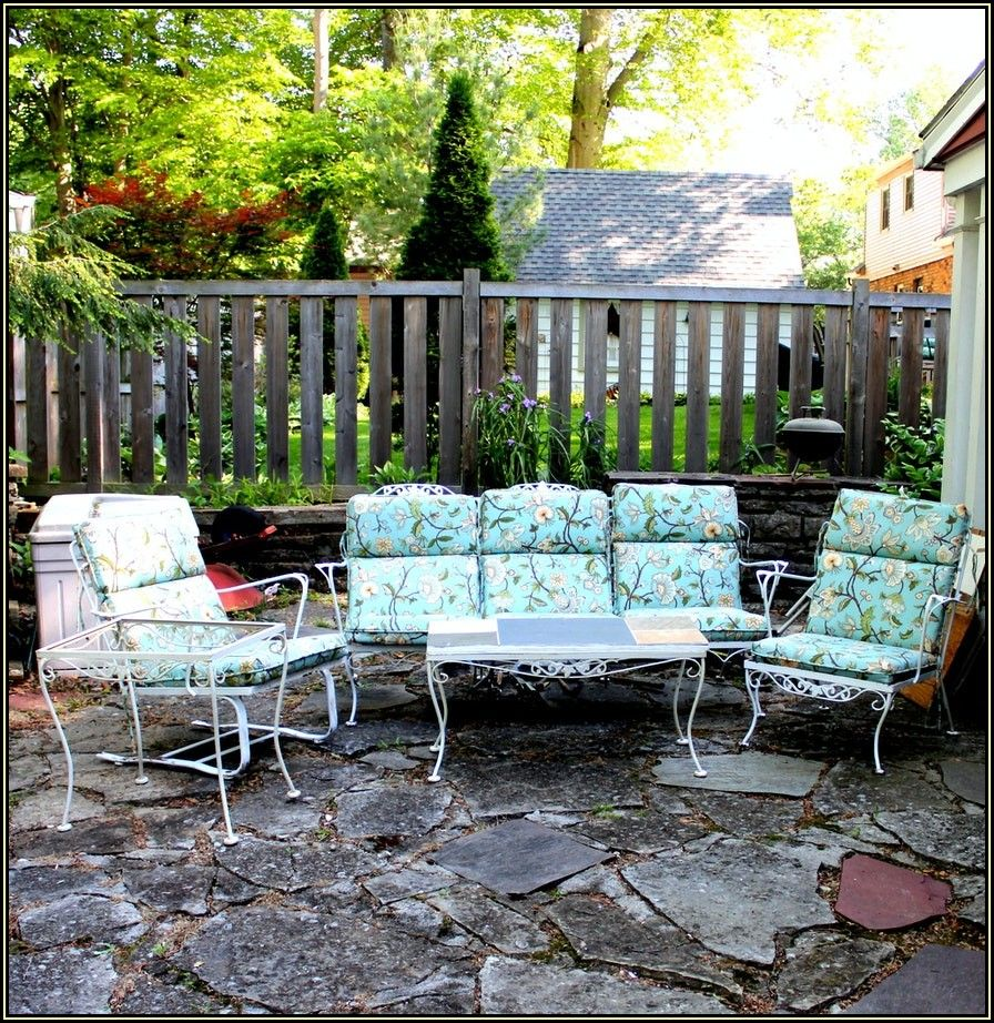 Vintage White Wrought Iron Patio Furniture