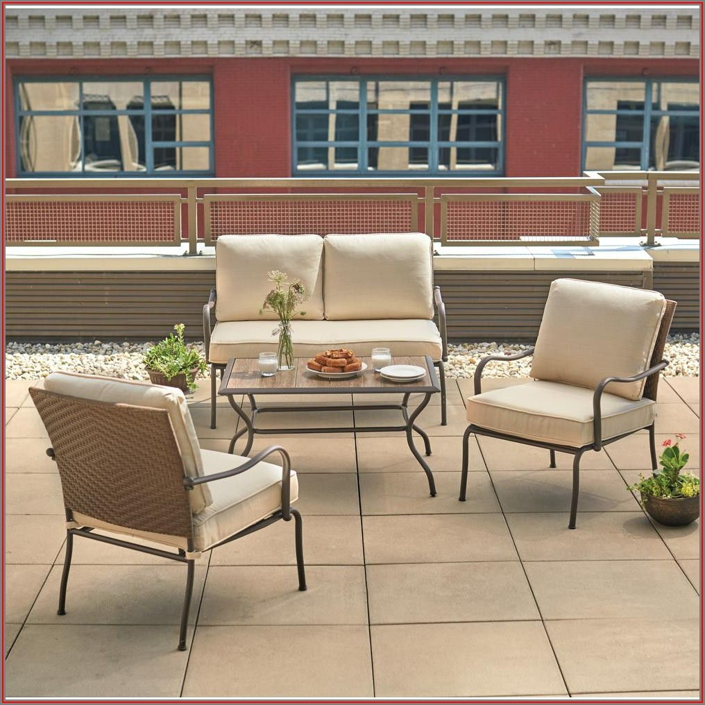 4 Pc Patio Conversation Set
