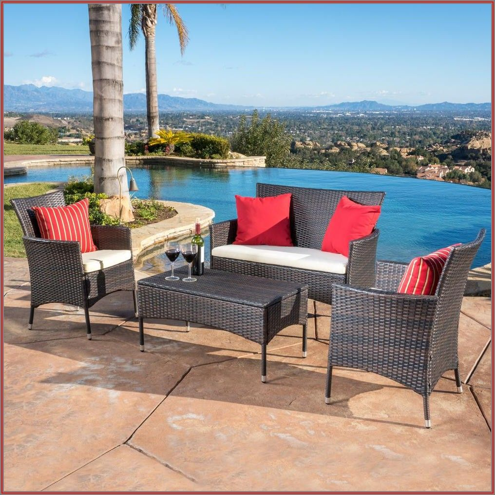 4 Pc White Wicker Patio Set
