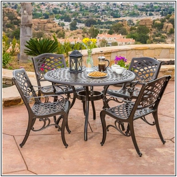 5 Pc Patio Dining Set