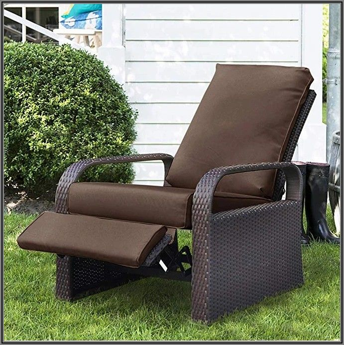 All Weather Wicker Patio Recliner