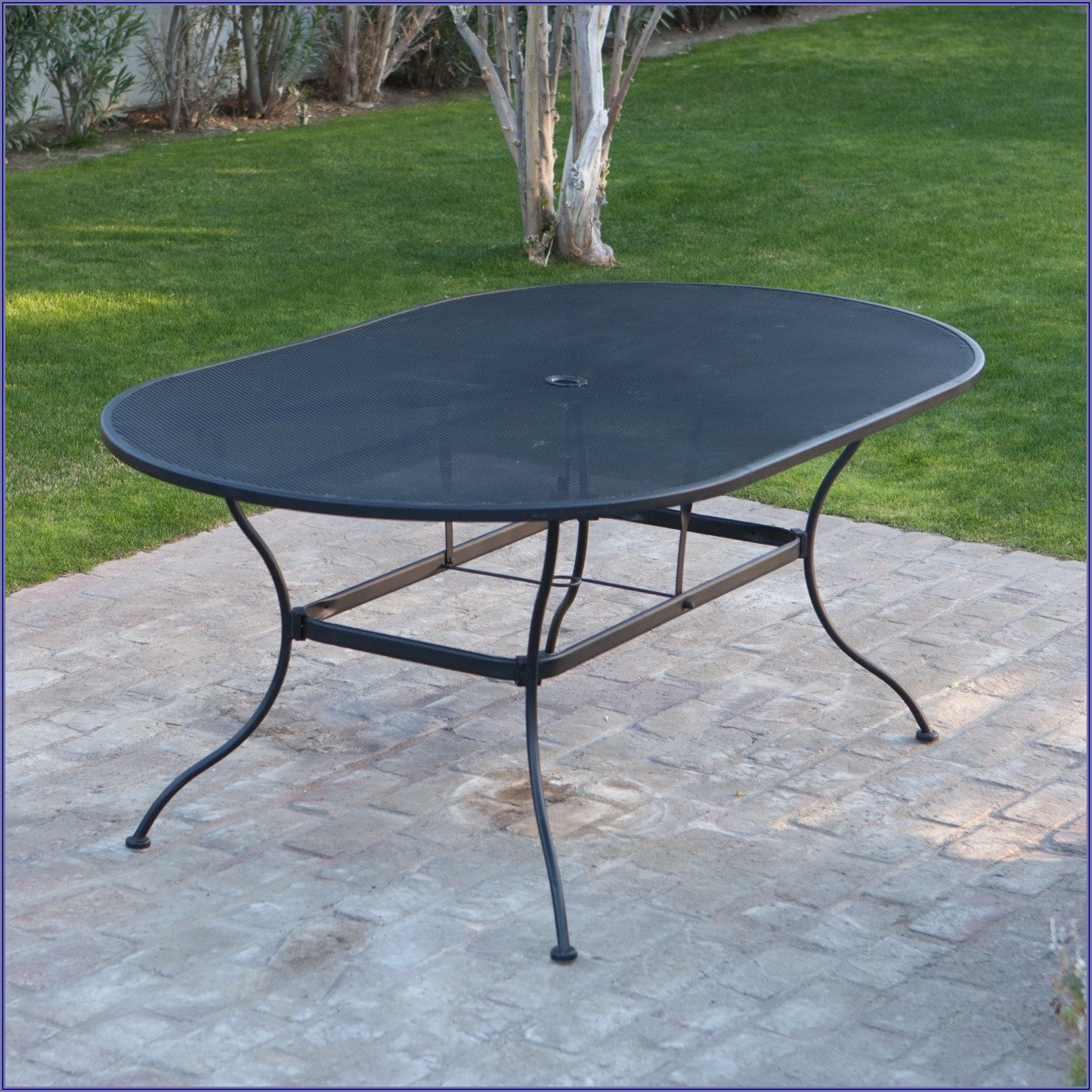 Black Metal Patio Dining Table