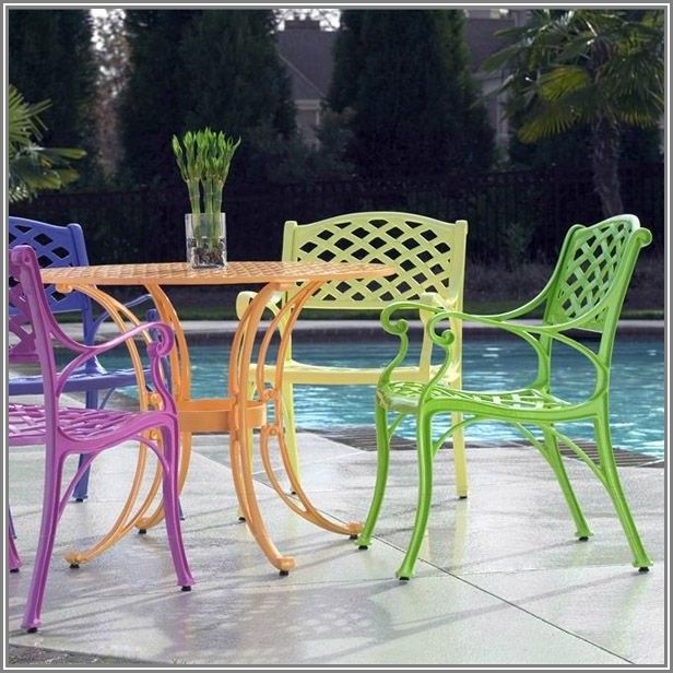 Bright Colored Patio Cushions