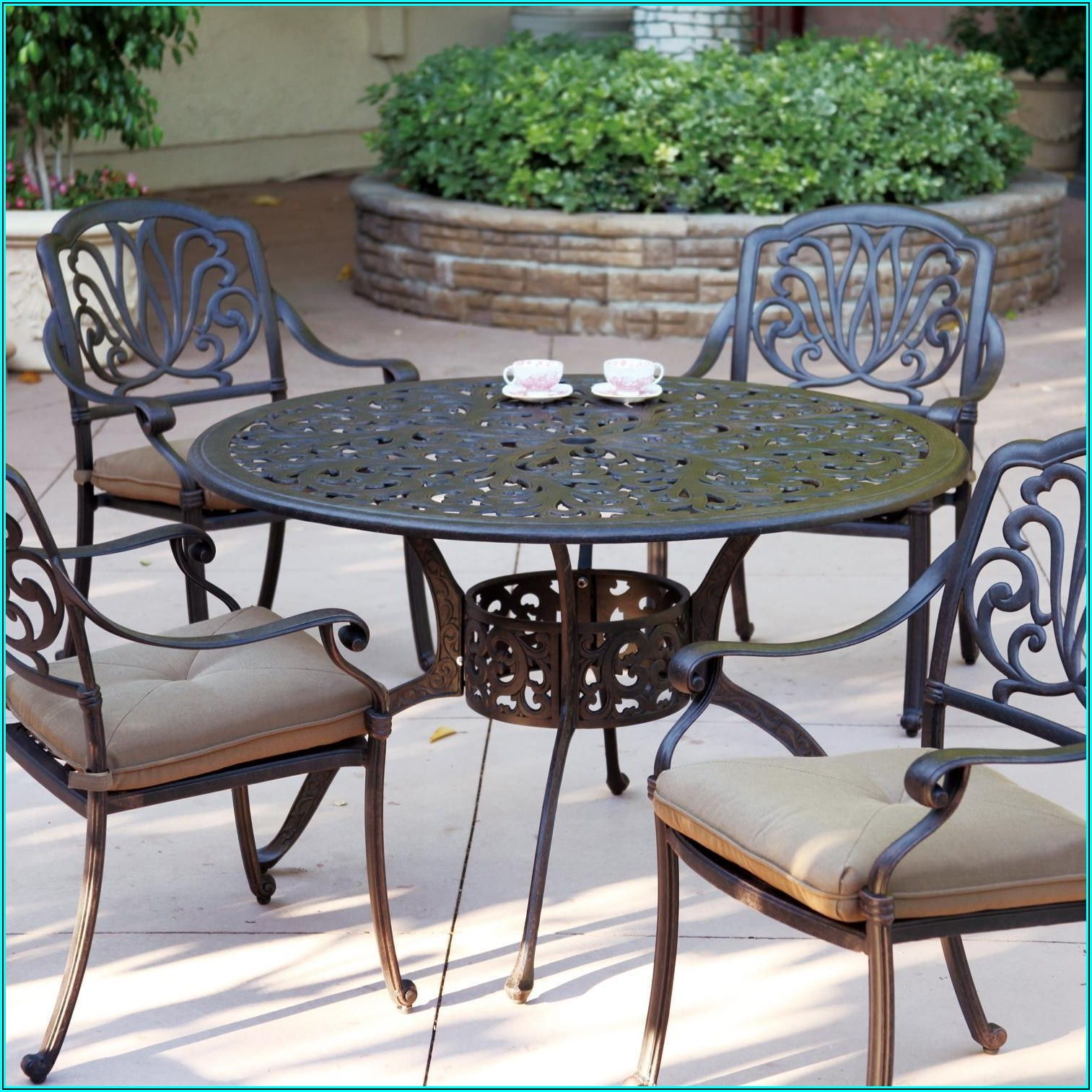 Cast Aluminum Patio Dining Furniture