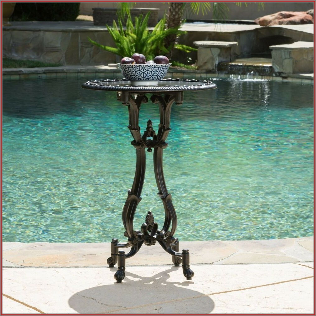 Cast Aluminum Patio Side Table