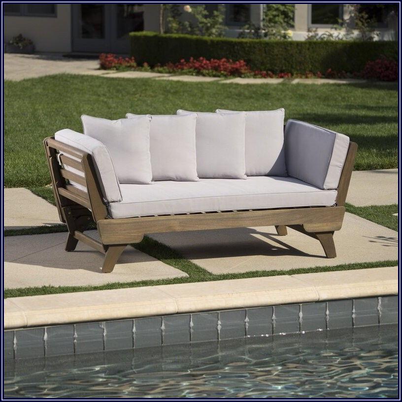 Ellanti Patio Daybed With Cushions