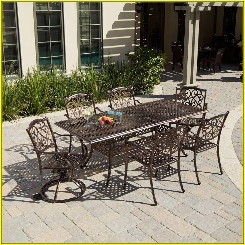 Expandable Patio Table Set