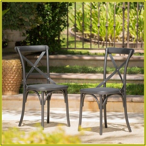 Farmhouse Patio Dining Set