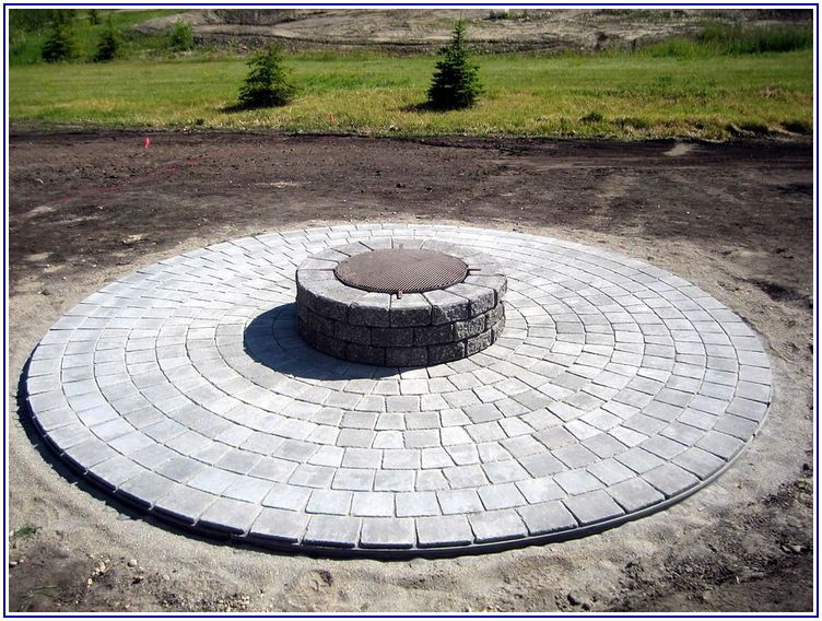 Four Cobble Ashland Concrete Patio Stone