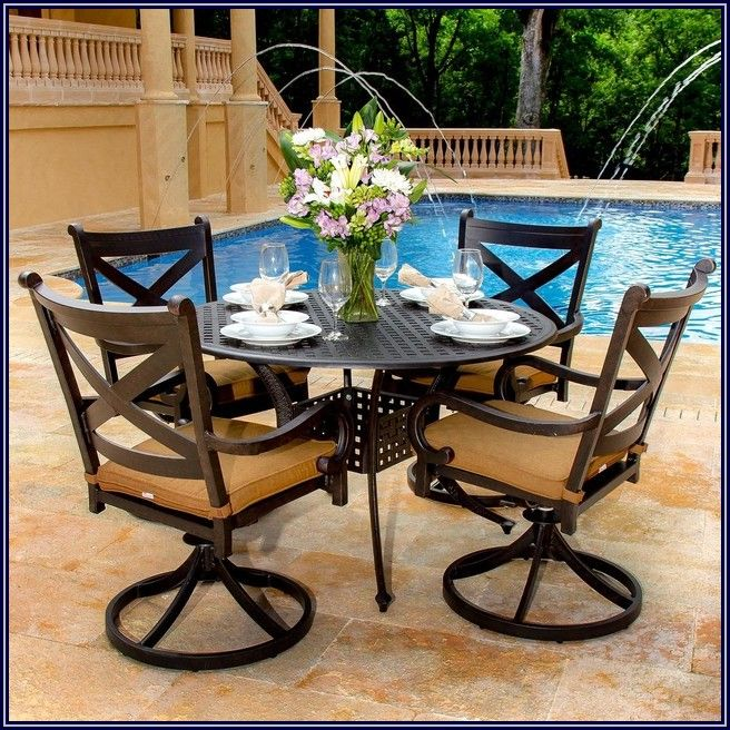 Four Person Patio Dining Set