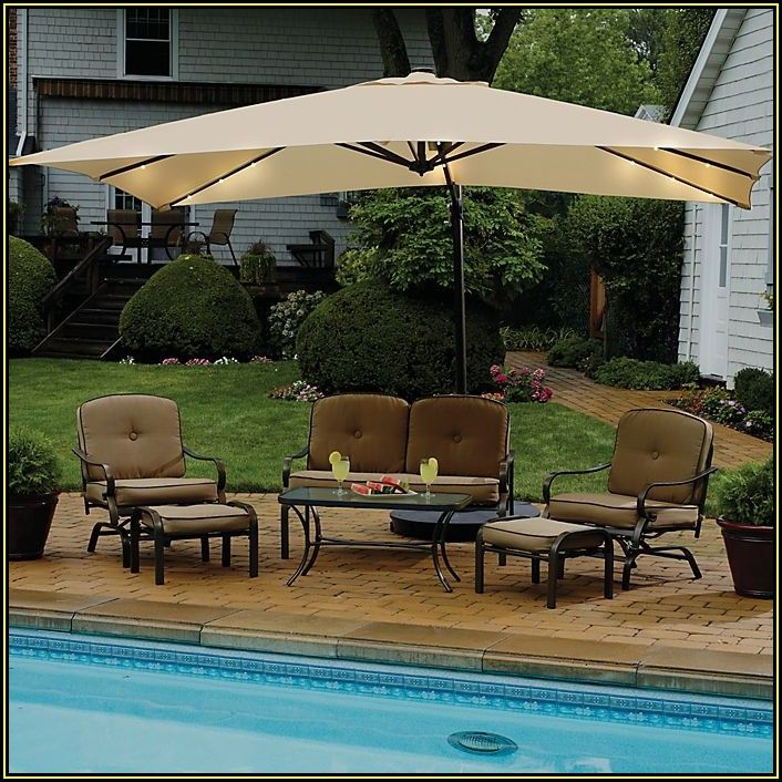 Rectangular Cantilever Patio Umbrella