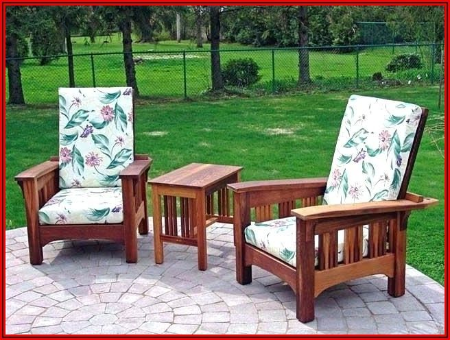 Retro Redwood Patio Furniture