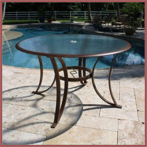 Round Tempered Glass Patio Table