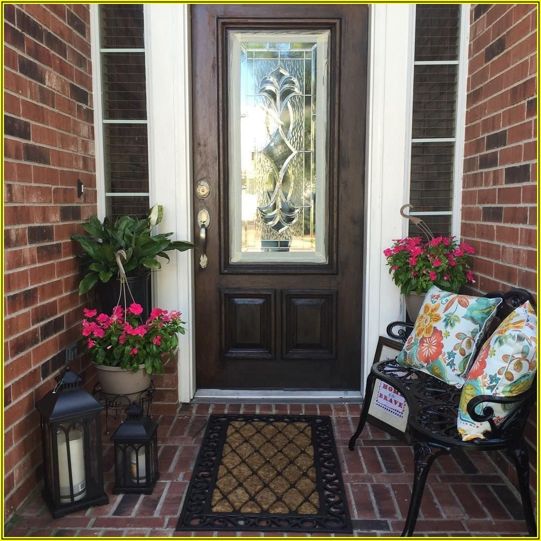 Small Front Door Patio Ideas