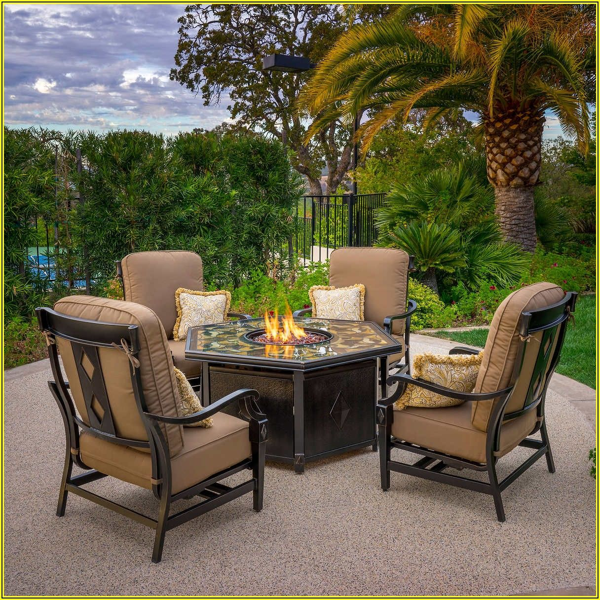 Small Patio Furniture With Fire Pit