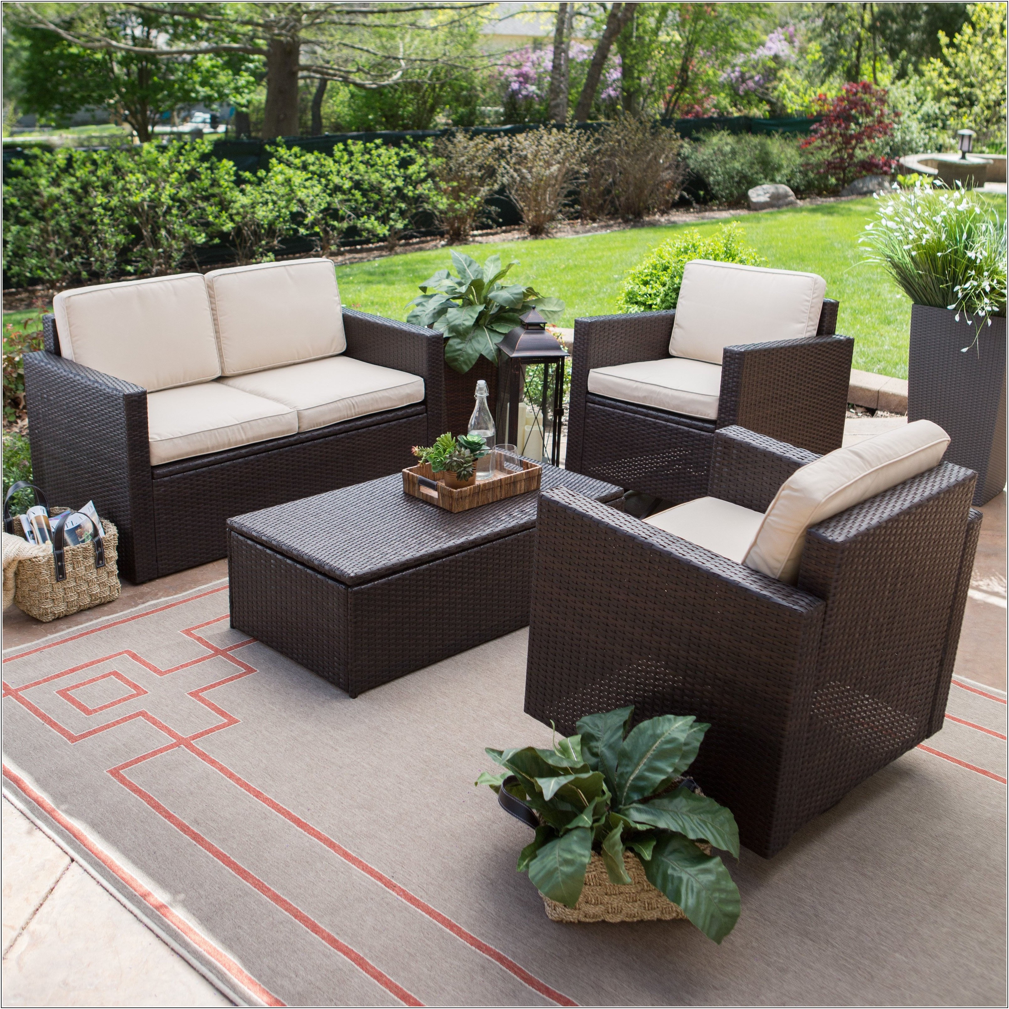 Small Space Patio Furniture Ideas