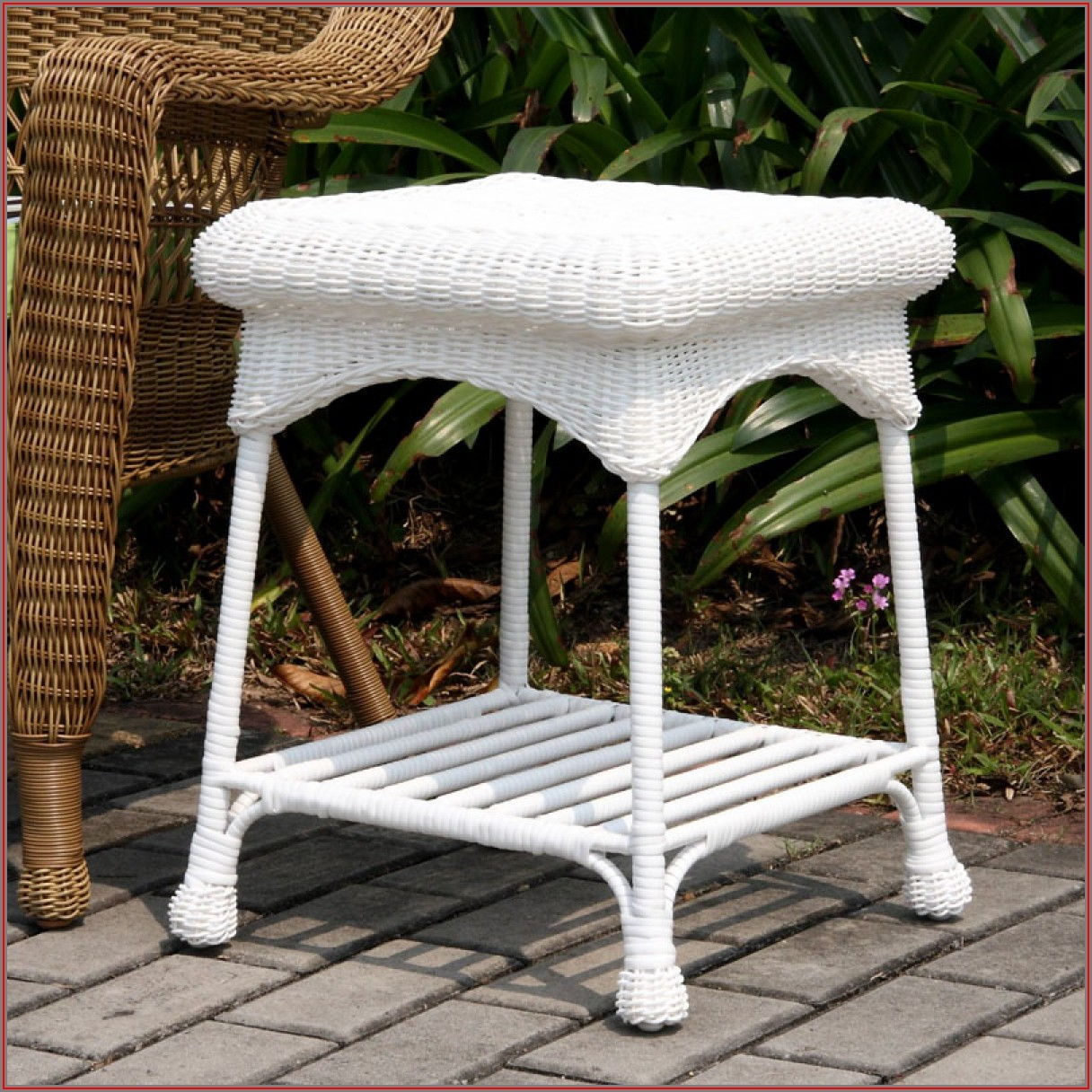 White Resin Wicker Patio Set