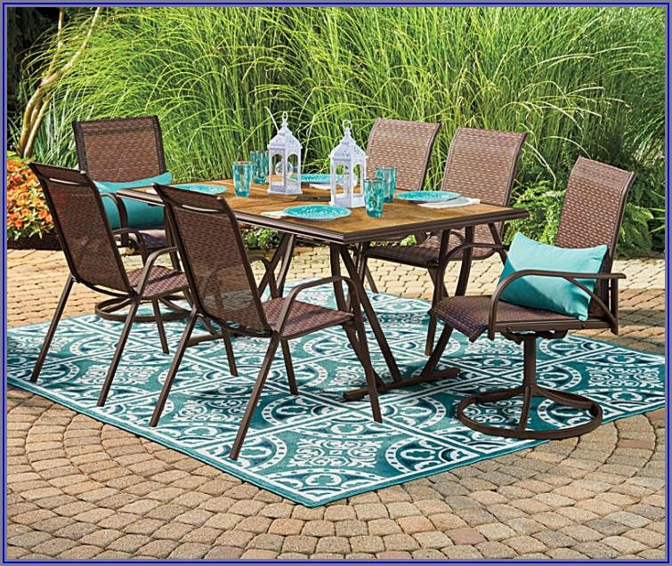 Wilson And Fisher Patio Table