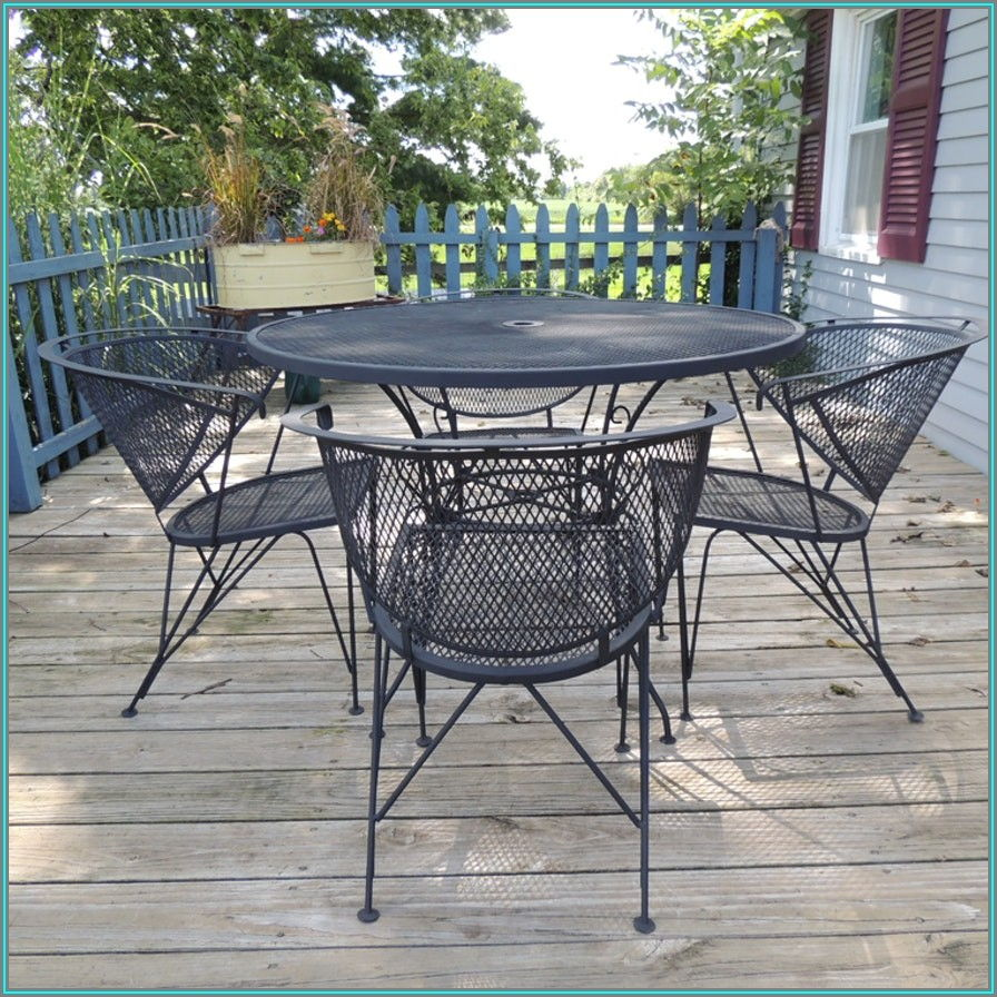 Wrought Iron Mesh Patio Table