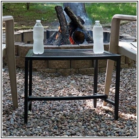 18 Metal Mesh Folding Patio Accent Table