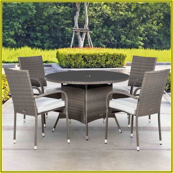 4 Person Round Patio Table