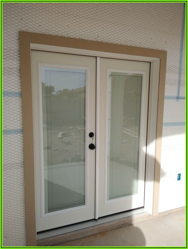 60x80 Patio Door With Blinds