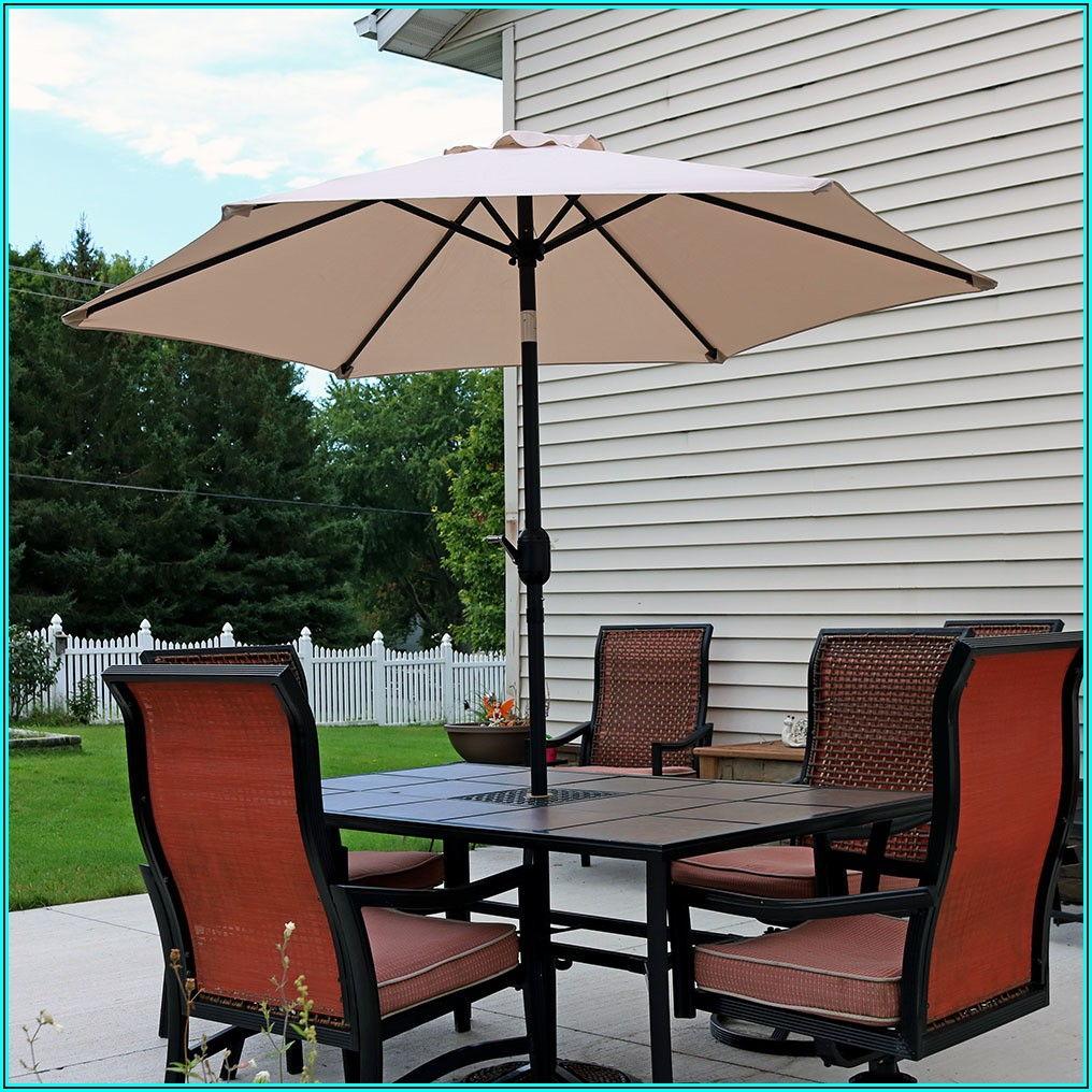 7 Foot Patio Umbrella With Crank