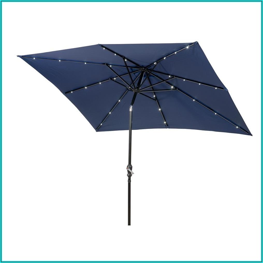 7 Foot Patio Umbrella With Lights