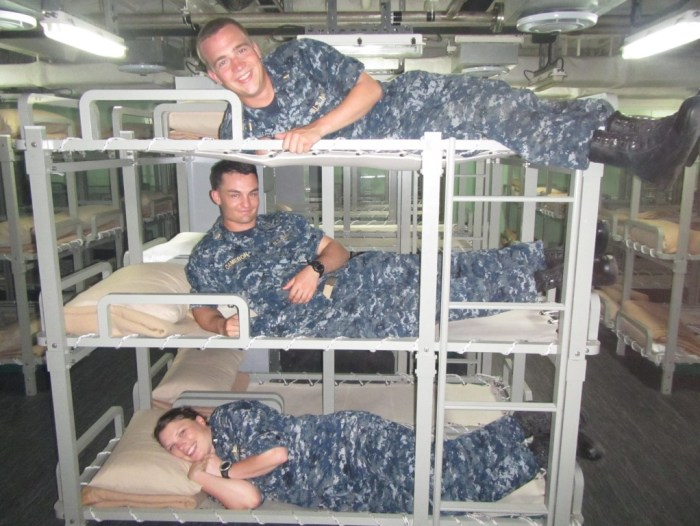 Lunch on a Thai Warship 3