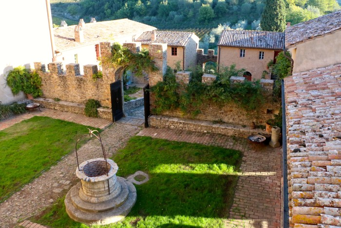 Girls Weekend in a Tuscan Castle, Italy 41