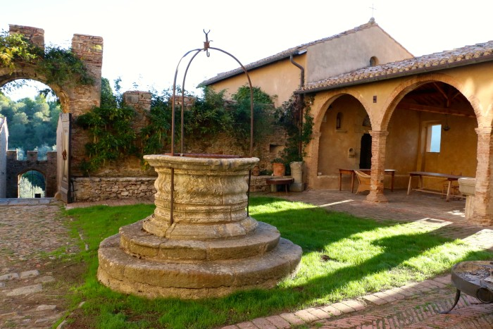 Girls Weekend in a Tuscan Castle, Italy 48