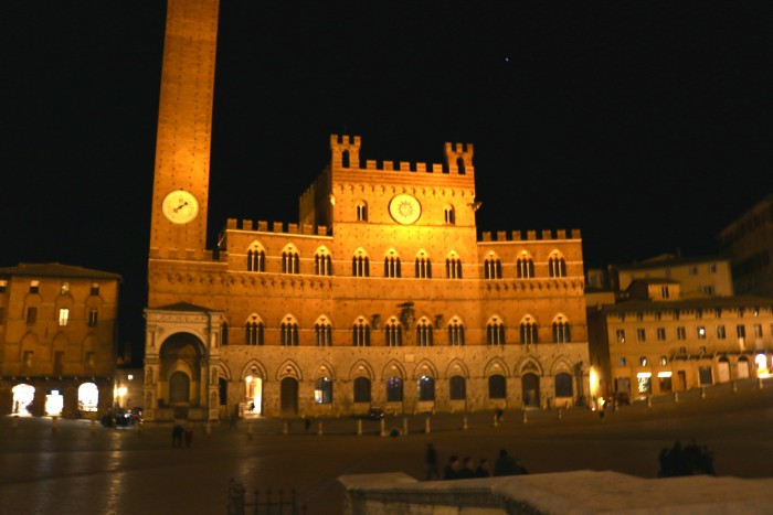 Solo Road Trip, Sienna Italy 2
