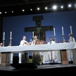 Catholics 'bet on hope' at 2014 Rediscover: Catholic Celebration