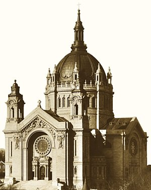 The Cathedral of St. Paul after its completion in 1915. Courtesy Cathedral of St. Paul