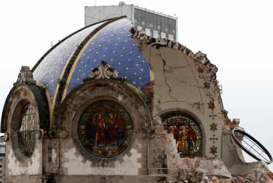Mexican twin earthquakes destroy churches