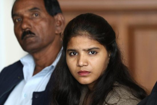 Asia Bibi, Ashiq's wife and Eisham's mother, is a Catholic condemned to death under Pakistan's blasphemy laws.