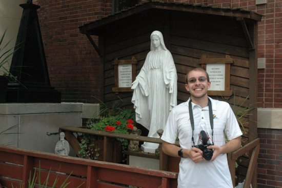 Taking pictures of churches brings Indiana photographer closer to God