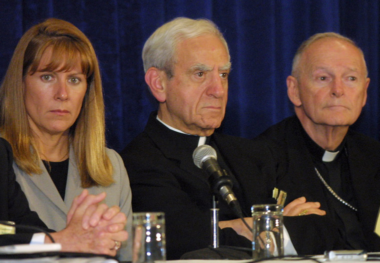 U.S. bishops' meeting has echoes, and differences, from 2002 gathering