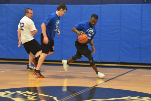 dads hoop game 2 - Dads Basketball Game at IC School raises money for Road to Emmaus