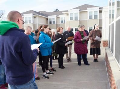 W0017082 - Baldwinsville parish choir members bring special concert to sisters