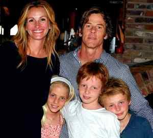 """Julia Roberts and Daniel Moder with children, Hazel Moder and Phinnaeus """"Finn"""" Walter Moder and Henry Daniel Moder"""