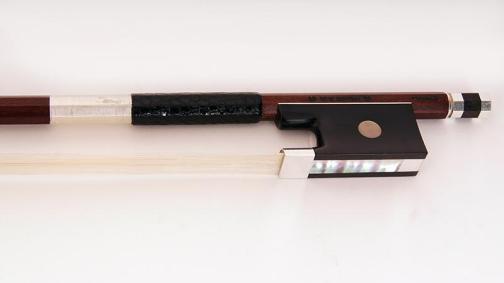 Скрипичный смычок Doerfler Violinbogen 20а 120A44 описание и цены