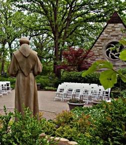 chapel garden june 2008 014_lzn - Version 2