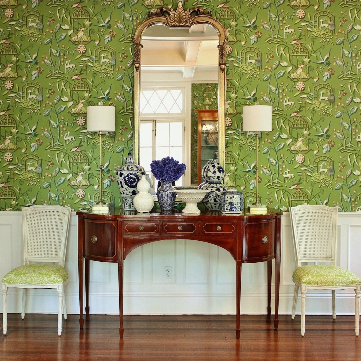 bronxville-dining-room-buffet-mirror