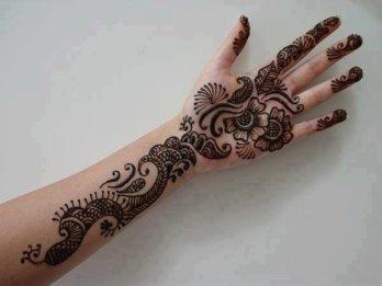 Karwachauth mehndi designs 08
