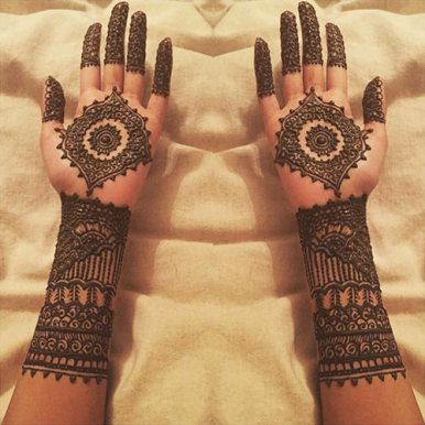 karva-chauth-mehndi-designs-04