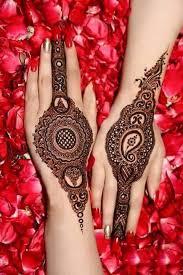 karva-chauth-mehndi-designs-17